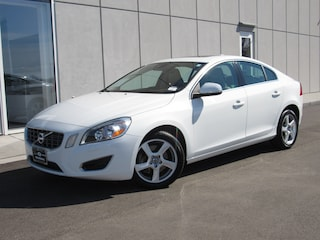 Certified Pre-Owned 2013 Volvo S60 T5 Sedan V19194A in Waukesha, WI