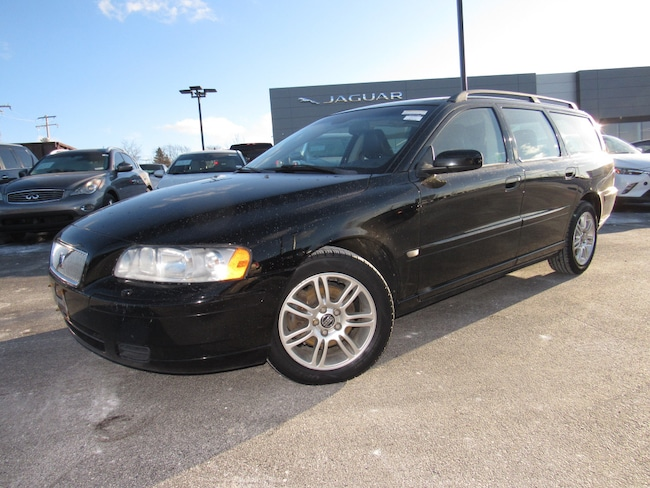 Pre-Owned 2006 Volvo V70 2.4 Wagon For Sale in Waukesha, WI