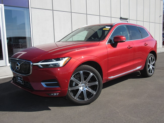 Pre-Owned 2018 Volvo XC60 T5 AWD Inscription SUV For Sale in Waukesha, WI