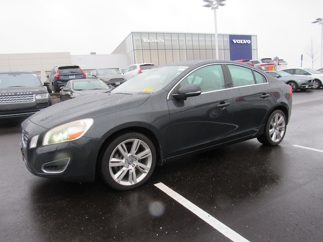 Pre-Owned 2013 Volvo S60 T6 Sedan For Sale in Waukesha, WI