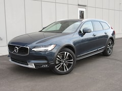 New 2018 Volvo V90 Cross Country T5 AWD Wagon YV4102NK8J1035310 in Waukesha, WI