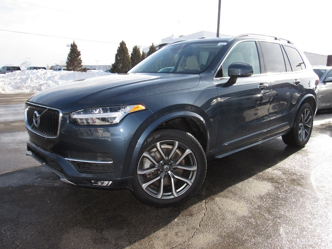 certified pre owned 2018 Volvo XC90 T5 AWD Momentum (7 Passenger) SUV in Madiscon WI