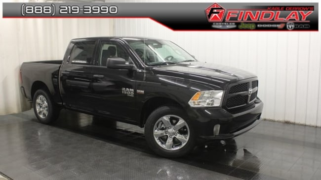 New 2019 Ram 1500 CLASSIC EXPRESS CREW CAB 4X4 5'7 BOX Crew Cab For Sale/Lease Findlay, OH