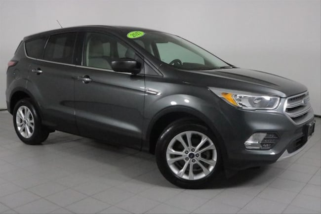 Used 2017 Ford Escape SE SUV in Peoria, IL