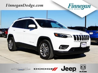 New 2019 Jeep Cherokee LATITUDE PLUS FWD Sport Utility E6500 Only @ Finnegan! Call 281-342-9318 to Reserve This One!