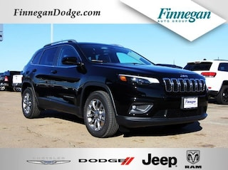 New 2019 Jeep Cherokee LATITUDE PLUS FWD Sport Utility ET1777 Only @ Finnegan! Call 281-342-9318 to Reserve This One!