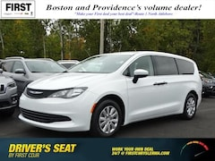 New 2019 Chrysler Pacifica L Passenger Van North Attleboro Massachusetts