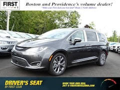 2019 Chrysler Pacifica LIMITED Passenger Van North Attleboro Massachusetts