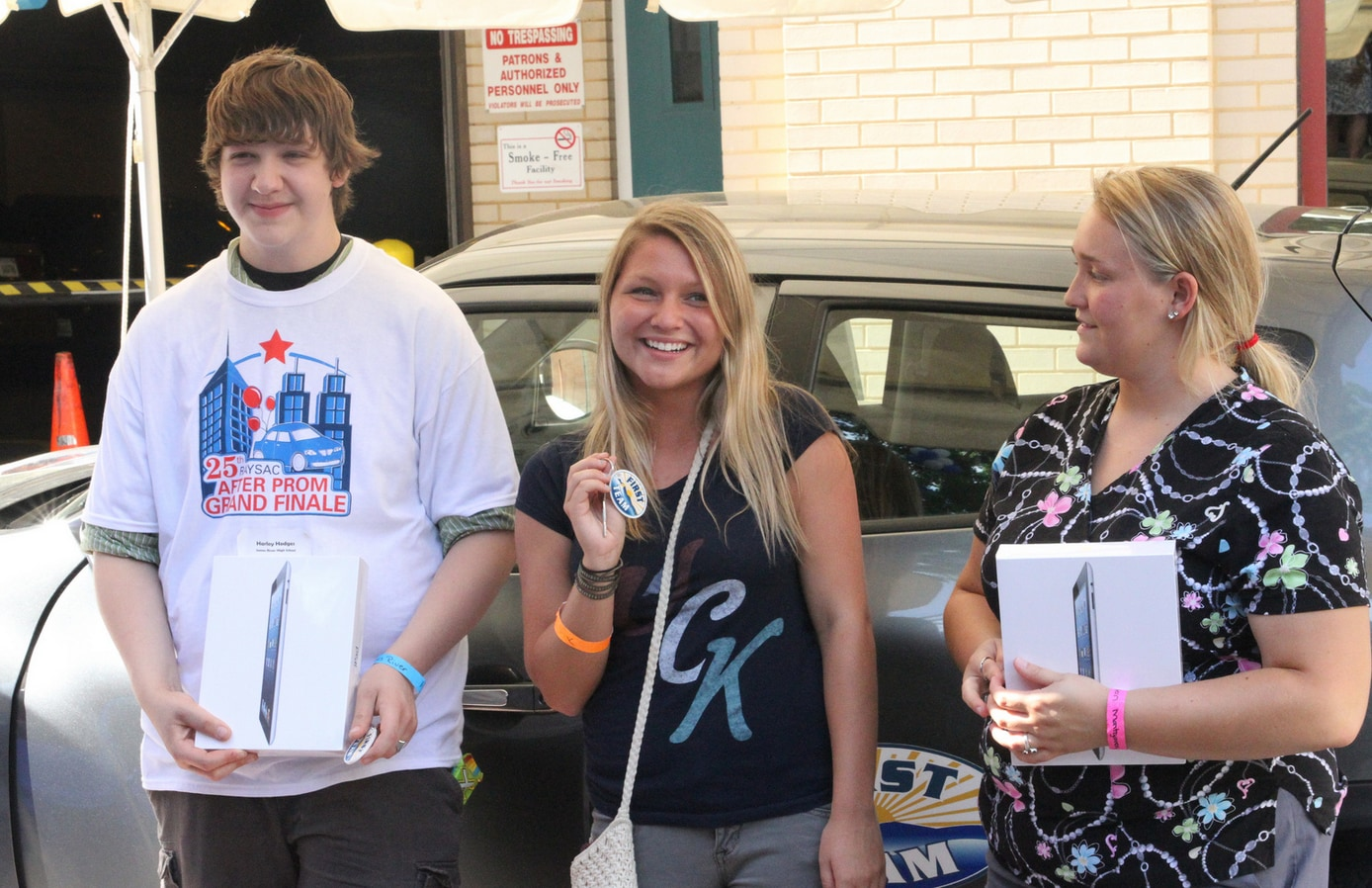 First team auto mall raysac after prom grand finale for Charity motors on grand river