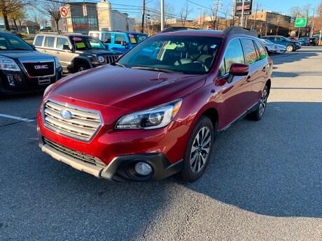 2017 Subaru Outback 2.5i Limited with SUV