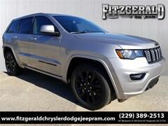 New 2019 Jeep Grand Cherokee ALTITUDE 4X2 Sport Utility 1C4RJEAGXKC572644 in Fitzgerald, GA