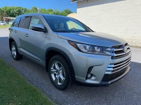 2019 Toyota Highlander Hybrid Limited V6 SUV for Sale in Chambersburg
