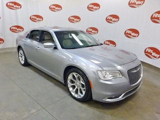 Used 2017 Chrysler 300 2C3CCAPT0HH500262 for sale in Clearwater, FL