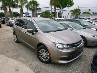 Used 2017 Chrysler Pacifica 2C4RC1DG5HR535810 for sale in Clearwater, FL
