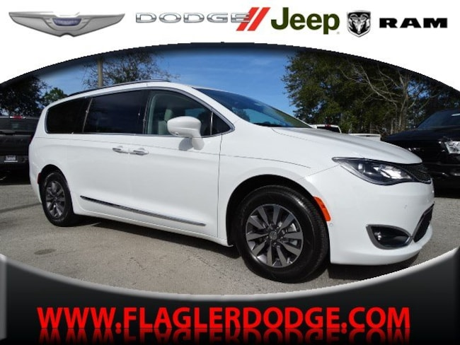 New 2019 Chrysler Pacifica TOURING L PLUS Passenger Van for sale/lease Palm Coast, FL