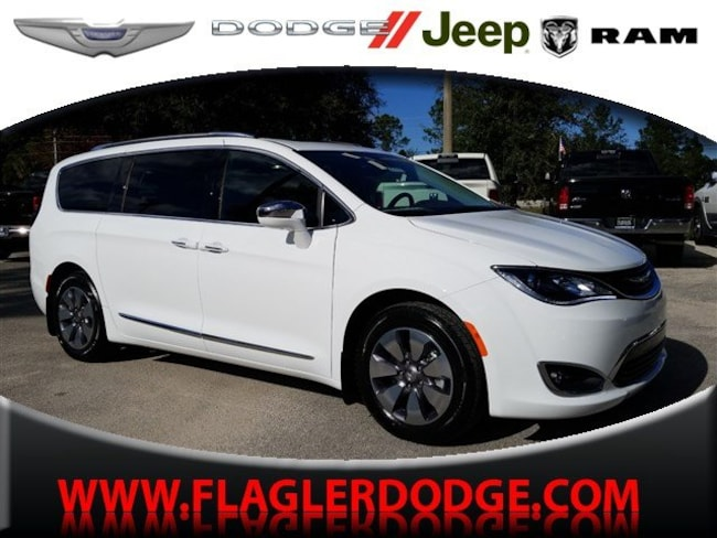 New 2019 Chrysler Pacifica Hybrid LIMITED Passenger Van for sale/lease Palm Coast, FL
