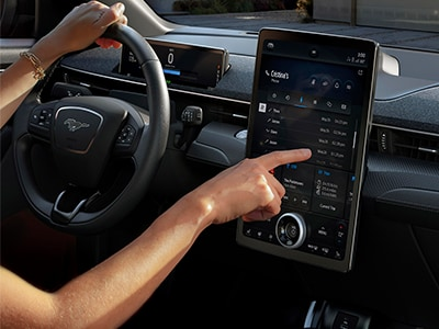 Driving Ease with Next Generation SYNC
