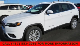 New 2019 Jeep Cherokee LATITUDE FWD Sport Utility 1C4PJLCB5KD340668 for sale in Joplin, MO