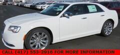 2019 Chrysler 300 LIMITED Sedan 2C3CCAEG8KH524029