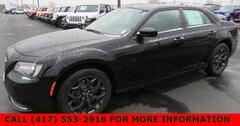 2019 Chrysler 300 TOURING AWD Sedan 2C3CCARG2KH560406