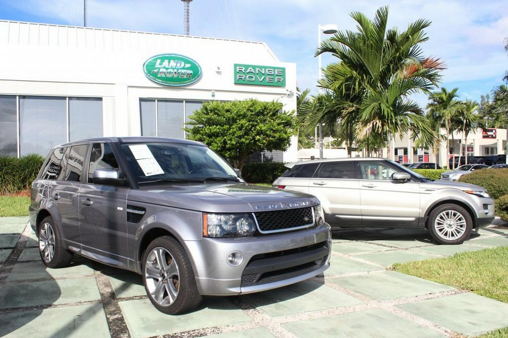 Land Rover North Dade: Car Dealer Serving Miami