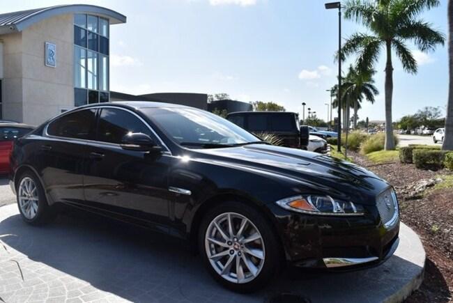 2015 Jaguar XF Premium Sedan
