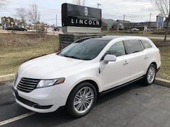 2018 Lincoln MKT Reserve Crossover 2LMHJ5AT9JBL00271