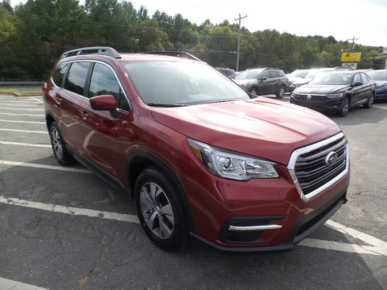 New 2019 Subaru Ascent Premium 8-Passenger SUV Near Greensboro