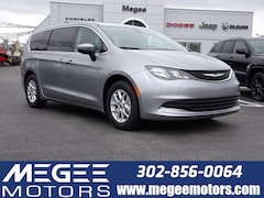 2019 Chrysler Pacifica LX FWD van / Wagon