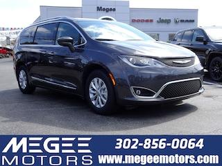New 2019 Chrysler Pacifica TOURING L Passenger Van Georgetown DE