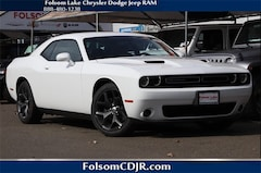 2019 Dodge Challenger SXT Coupe 2C3CDZAG1KH503444