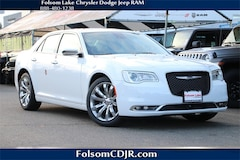2019 Chrysler 300 LIMITED Sedan 2C3CCAEG9KH528736