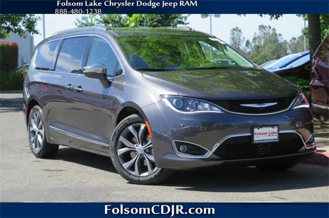 New 2018 Chrysler Pacifica LIMITED Passenger Van 2C4RC1GGXJR212368 for sale near Sacramento CA