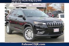 2019 Jeep Cherokee LATITUDE 4X4 Sport Utility 1C4PJMCX8KD118546