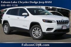 2019 Jeep Cherokee LATITUDE 4X4 Sport Utility 1C4PJMCX1KD118548