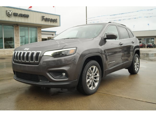 New 2019 Jeep Cherokee LATITUDE PLUS FWD Sport Utility Forest MS
