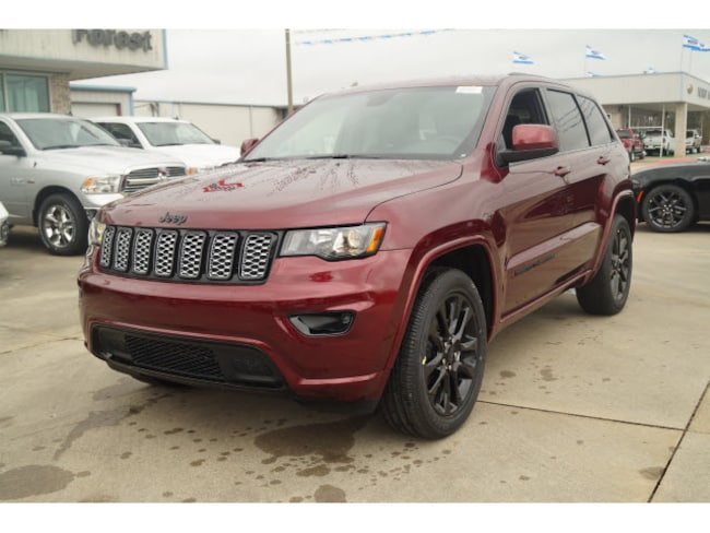 New 2019 Jeep Grand Cherokee ALTITUDE 4X2 Sport Utility Forest MS