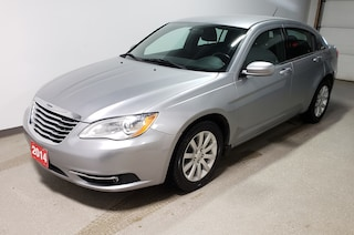 2014 Chrysler 200 Touring - Just arrived Sedan