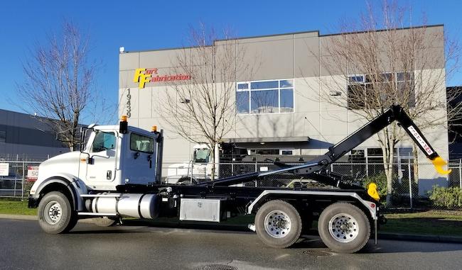 2018 INTERNATIONAL HX 620 Hooklift