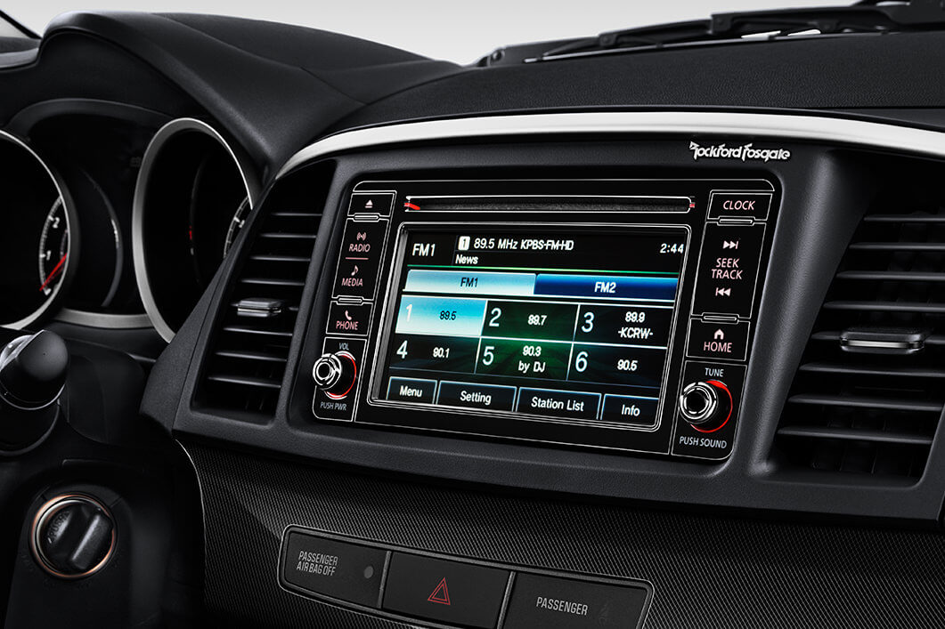 2017 Mitsubishi Lancer rockford fosgate audio