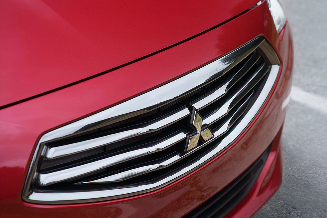 2018 Mitsubishi Mirage G4 grill hood and fascia d