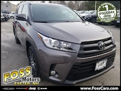 2017 Toyota Highlander XLE SUV in Exeter NH at Foss Motors Inc