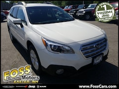 2017 Subaru Outback 2.5i SUV in Exeter NH at Foss Motors Inc