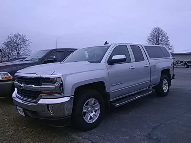 Used 2017 Chevrolet Silverado 1500 4X4 LT Truck Extended Cab for sale in Middlebury VT