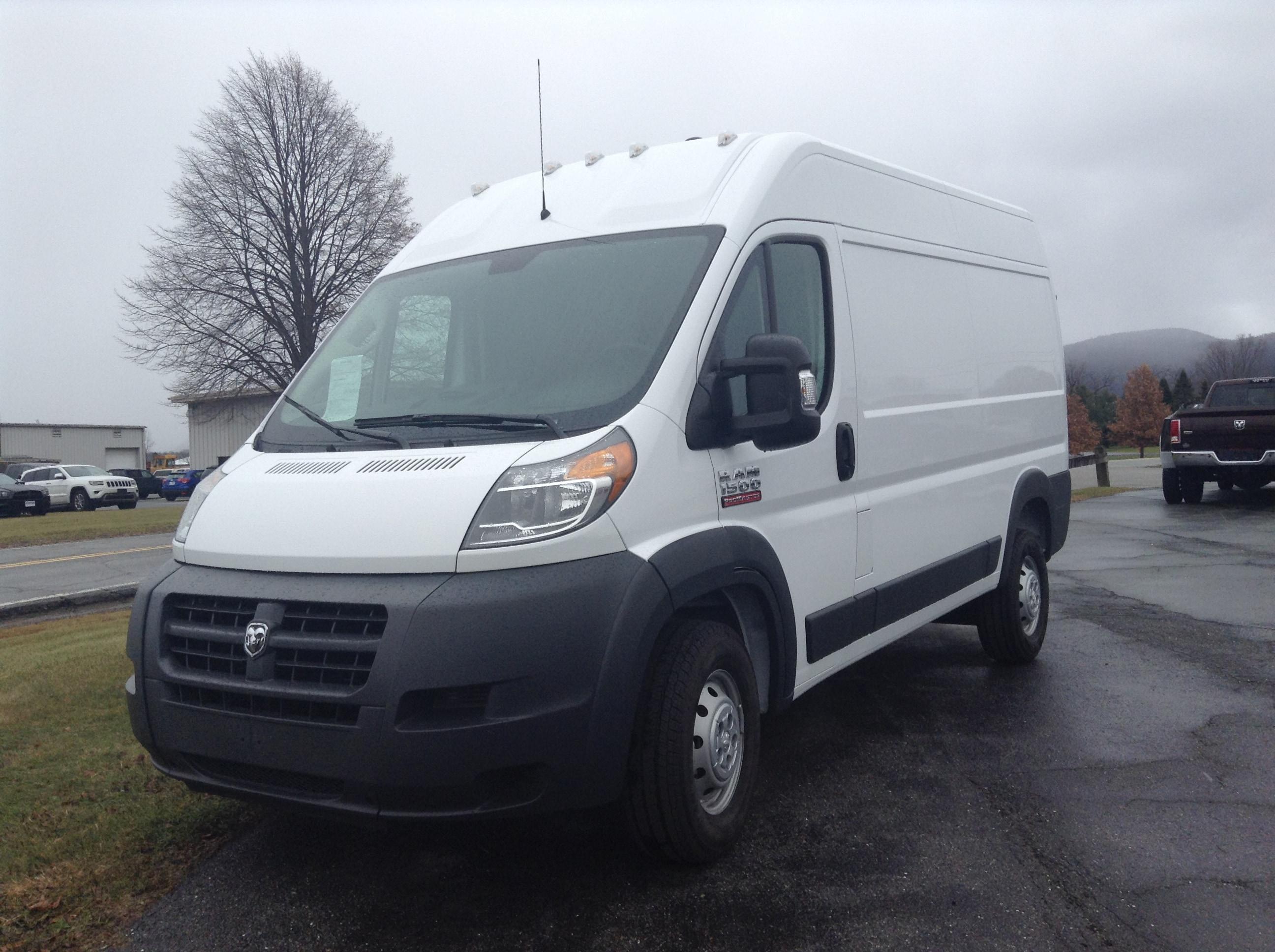 2018 Ram Promaster 1500 1500 Cargo Van High Roof 136 WB Cargo Van