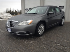 Used 2013 Chrysler 200 LX Sedan for sale in Middlebury, VT