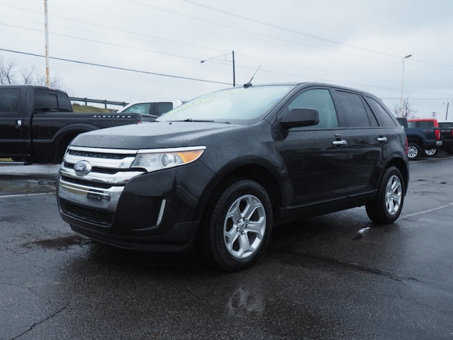 Bargain Priced 2011 Ford Edge SEL SUV near Howell