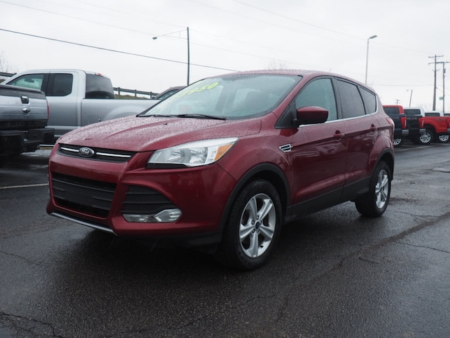 Used 2014 Ford Escape SE SUV near Howell