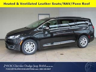 2019 Chrysler Pacifica LIMITED Passenger Van