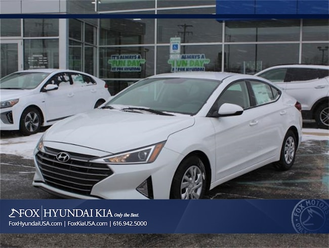 New 2019 Hyundai Elantra SE Sedan in Grand Rapids, MI
